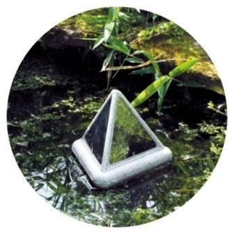 Velda Brilliant Pyramid Heron Deterrent